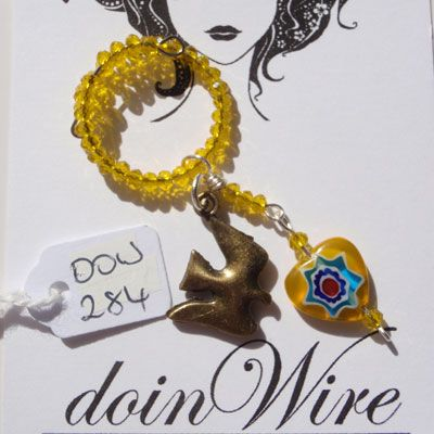 doinWire Wine Charm Yellow crystals, yellow crystals and yellow glass heart with bird charm. DOW284