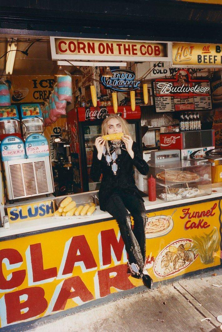 RUSSH Magazine / Agosto-Septiembre Fotografía - Tung Walsh Modelo - Cara Delevingne