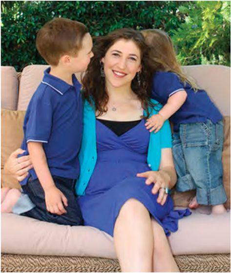 Mayim bialik at home with kids - Big Bang Theory Actress Mayim Bialik Hires an Organizer And You'll Never Guess What Happened - http://www.organizingla.com/organizingla_blog/2015/03/big-bang-theory-actress-mayim-bialik-hires-an-organizer-and-youll-never-guess-what-happened.html