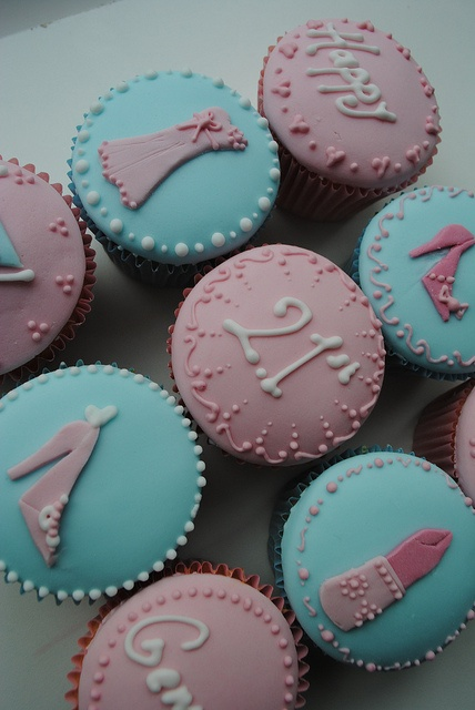 21st Birthday cupcakes, via Bath Baby Cakes on Flickr. So much better than all the other 21st cakes and cupcakes I have seen!
