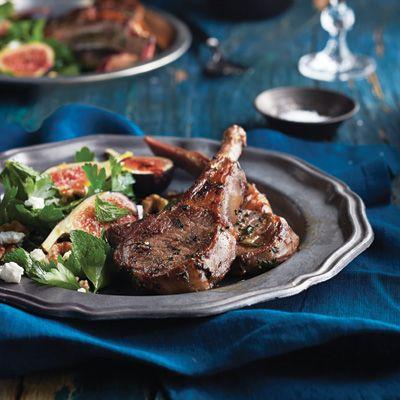Côtelettes d'agneau et salade de chèvre aux figues et aux noix de Grenoble Par Yotam Ottolenghi