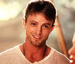 Wilson Bethel as Wade Kinsella on Hart of Dixie. This smile...<3 not really funny. but yummy!!