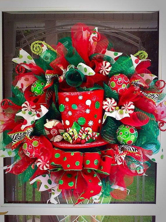 SALE   Ready to Ship Christmas Top Hat Wreath  deco by WreathsEtc
