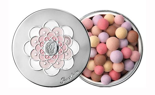 Inspiration cadeaux de Noël à moins de 100 euros : les Météorites, Perles de poudre révélatrices de lumière de Guerlain