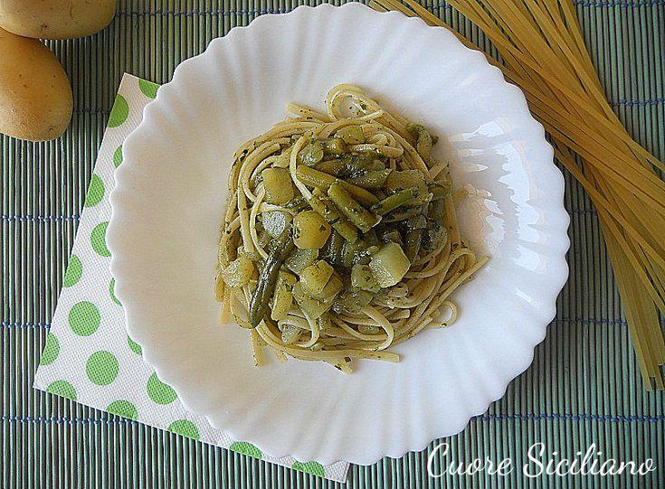 Linguine al pesto con patate e fagiolini