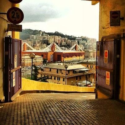 Stadio Luigi Ferraris (vista da via L. Montaldo) - Genova
