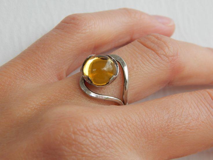 "Bague ""Aya"" argentée et jaune topaze : Bague par bijou-lie"