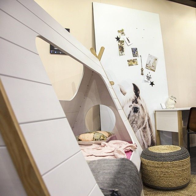 great do you like our new tipi bed woood tipi bed wigwam with lit tipi alinea. Black Bedroom Furniture Sets. Home Design Ideas