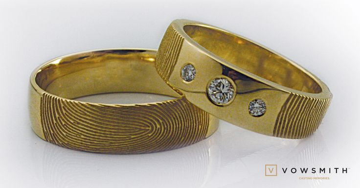 You prefer yellow gold? We love it! It makes a nice contrast with the sparkling diamonds. Theses wedding bands will be customized using your beloved fingerprint. Make it yours!