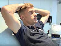 Euro 2016 : Antoine Griezmann vous invite à passer une journée avec lui ! (Vidéo) Check more at http://www.closermag.fr/video/euro-2016-antoine-griezmann-vous-invite-a-passer-une-journee-avec-lui-!-video-635799