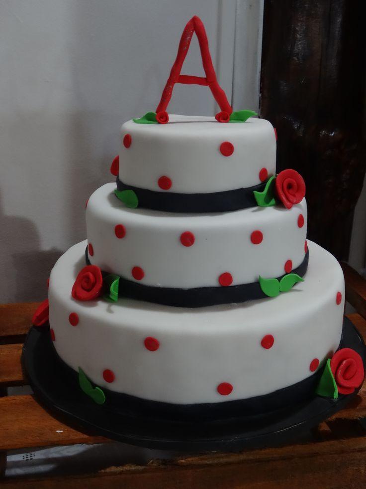 Torta de panqueque 3 pisos: - Panqueque naranja - Panqueque manjar Frambuesa - Panqueque chcolate Blanco