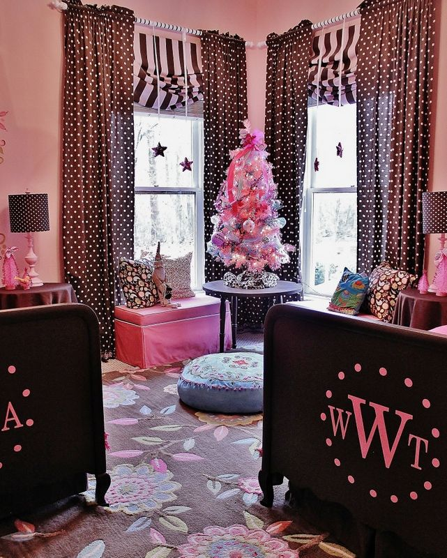 Pink Wonderland Christmas #12daysofchristmas  Okay...so it's got a Christmas tree in it.  I love the way it's split up two sisters in one room.  And the carpet is to die for!