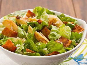 An upscale twist on a picnic favorite.Easy Recipe, Smithfield Recipe, Lettuce Salad, Potatoes Salad, Potato Salad, Picnics Favorite, Summer Salad, Fingerling Potatoes, Summertime Recipe