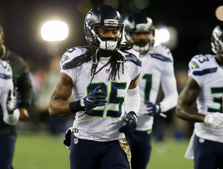 Seahawks vs. Patriots:  31-24, Seahawks  -  November 10, 2016  -  Seattle Seahawks cornerback Richard Sherman (25) takes the field for warm ups before the game. (Mike Siegel / The Seattle Times)