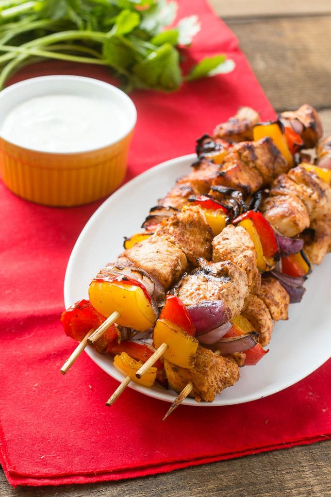 grilled chicken fajitas on a stick + 4 other healthy and delicious family dinner recipe ideas in this week's summer  meal plan | Rainbow Delicious