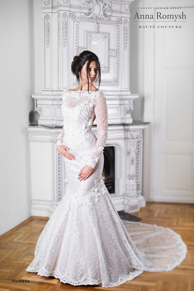 Anna Romysh Haute Couture – Marieta dress #AnnaRomyshHauteCouture #hautecouture #backdress #bride #train #lace #lacedress #wedding #weddingress #ślub #PannaMłoda #suknieślubne