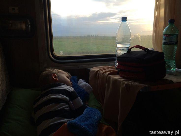 Z Tbilisi do Erywania: z dzieckiem w nocnym pociągu