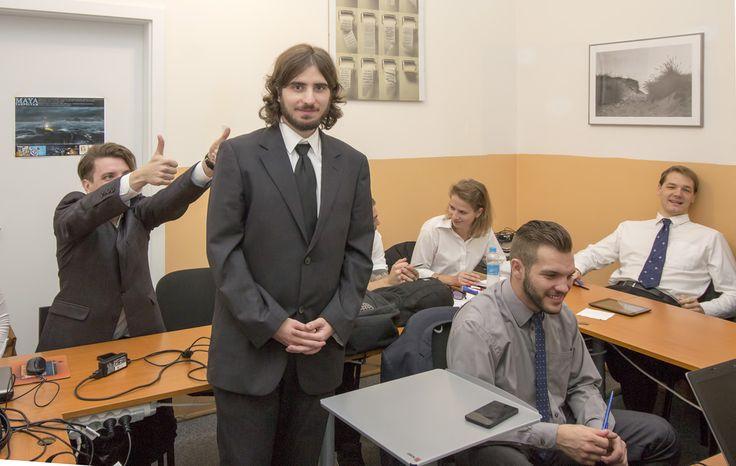 Eljött a vizsga pillanata az OKJ tanfolyamon :)   #okj #tanfolyam #iskola #kepzes #grafikus #oktatas #graphics #designer