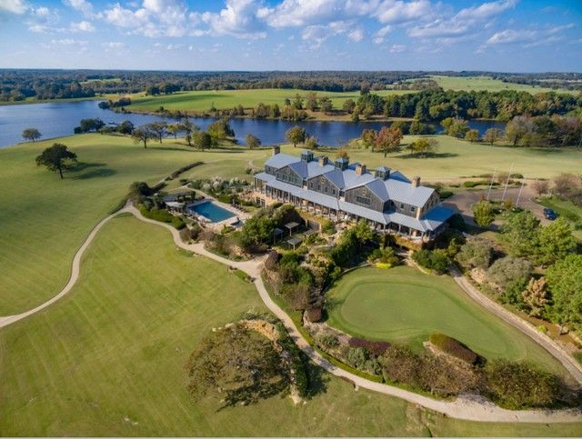 Barefoot Ranch, Kyle Bass' Hidden Texas Retreat, Could Go for Up to $100M | SecondShelters.com