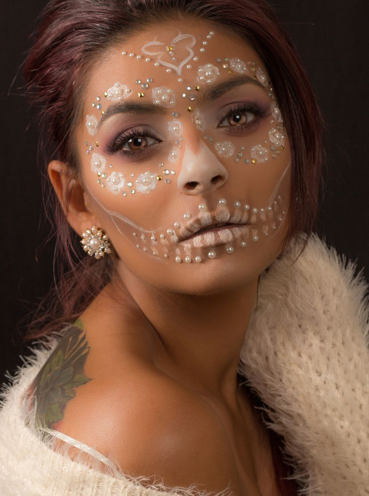 Best 25+ Sugar Skull Makeup Ideas On Pinterest