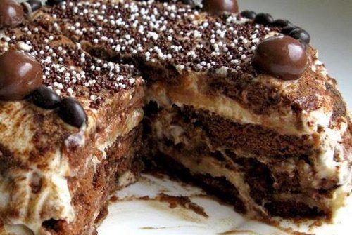 Торт из пряников со сметаной без выпечки