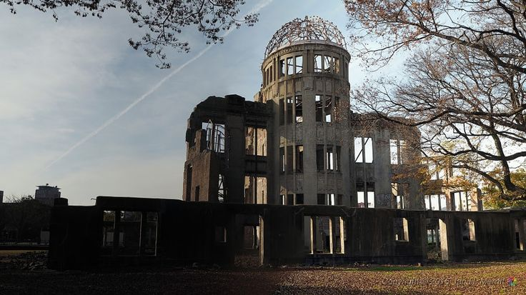 Hiroshima Peace Memorial (広島平和記念碑)  This ruin serves as a memorial to the people who were killed in the atomic bombing of Hiroshima on August 6 1945. Over 70,000 people were killed instantly, and another 70,000 suffered fatal injuries from the radiation.