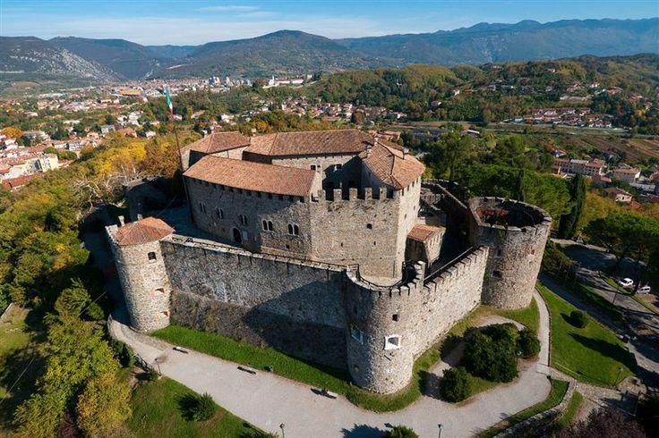 Fortress in Gorizia, Italy.. just beautiful :)