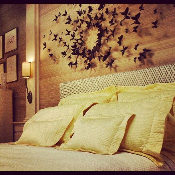 Serena Van Der Woodsen // Beautiful butterfly display. Would be really cute in dorm rooms