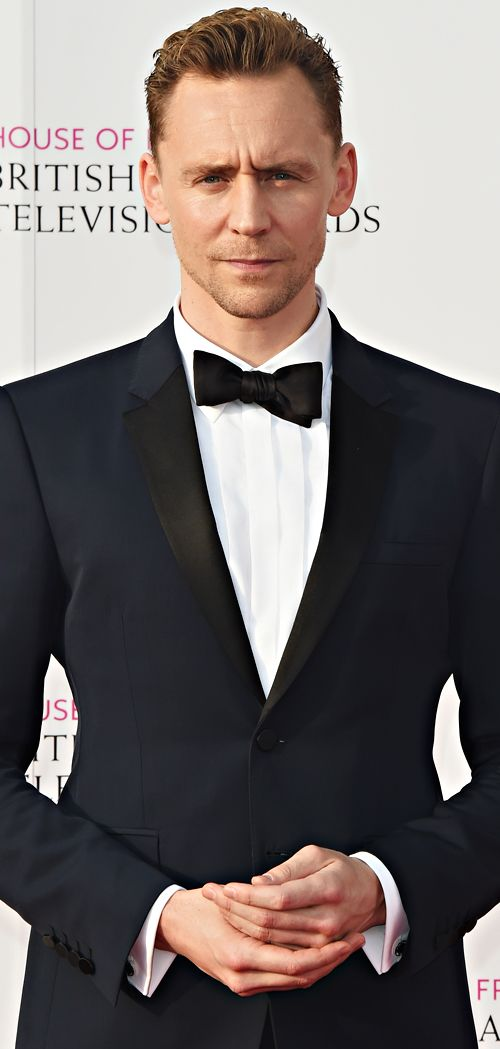 Tom Hiddleston attends the House Of Fraser British Academy Television Awards 2016 at the Royal Festival Hall on May 8, 2016 in London, England. Full size image: http://ww3.sinaimg.cn/large/6e14d388gw1f3ojkmdvqlj223w360b2a.jpg Source: Torrilla, Weibo
