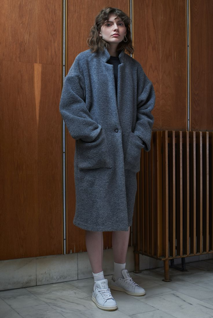 PRAHA - oversized fluffy coat in pigeon