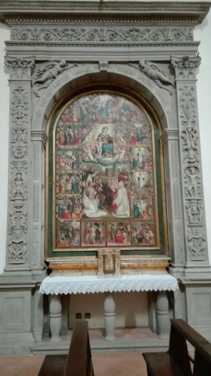 Santuario Maria SS.ma dei Miracoli  Tela : Madonna del Rosario  (Bernardo Girolamo Rosselli 1558)