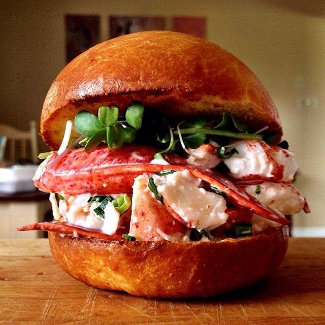 Lunchtime is lobster roll time. Photo courtesy of dennistheprescott on Instagram.