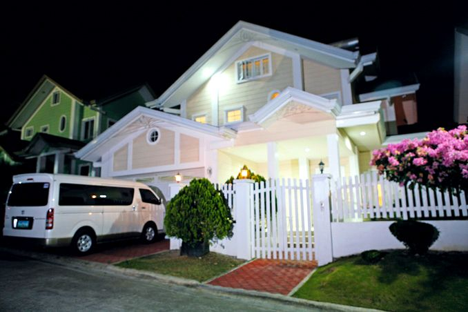 Soft hues and classic furniture for Anne Curtis's Home Real Living Philippines