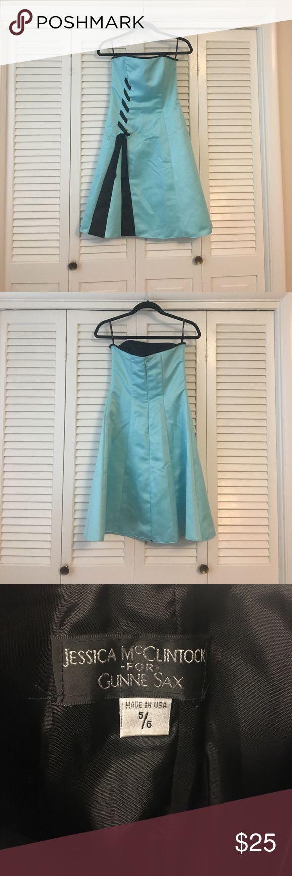 Jessica McClintock Size 5/6 Juniors Formal Dress Jessica McClintock formal light blue/green dress size 5/6 Jessica McClintock Dresses
