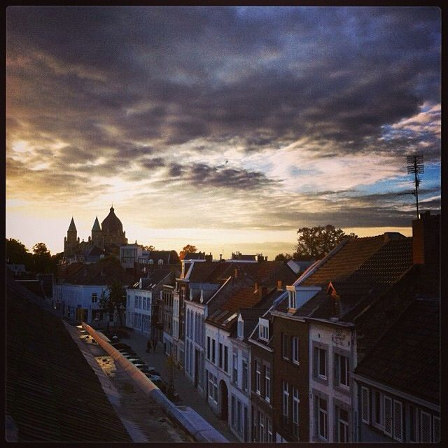 And finally the sun at the end of the day - photo - Maastricht Region Life -