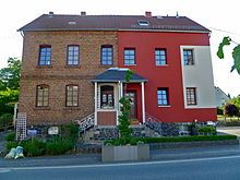 Wärmedämmverbundsystem (WDVS) teilweise auf Altbau. - Exterior insulation finishing system - Wikipedia