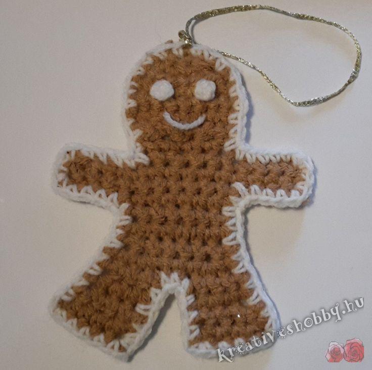 Horgolt mézeskalács-emberke karácsonyfadísz