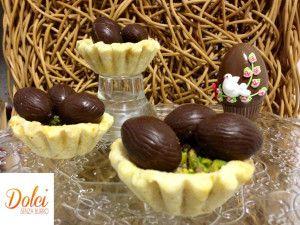 I CESTINI DOLCI SENZA BURRO sono un'originale e simpatica idea per decorare la vostra tavola di #pasqua o come segnaposto! Si tratta di #cestini #dolci di #biscotto #senzaburro e #senzauova dove all'interno si possono mettere gli #ovetti di #cioccolato! Ecco la #ricetta del #dolce http://www.dolcisenzaburro.it/uncategorized/cestini-dolci-senza-burro-con-uova-di-pasqua/ #dolcisenzaburro