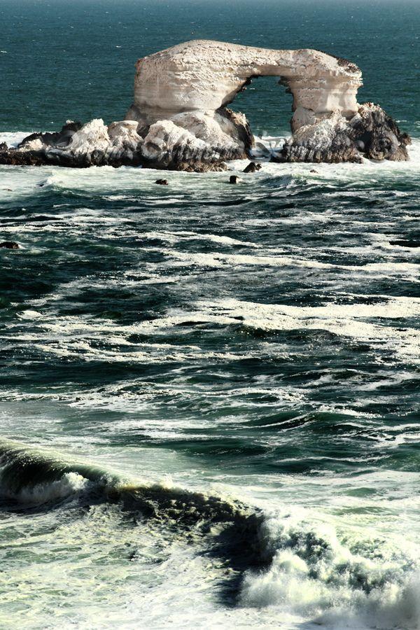 Ocean view in La Portada by Lorena Moreno Berroeta, Antofagasta, Chile. #southamerica #ocean #travel #nature