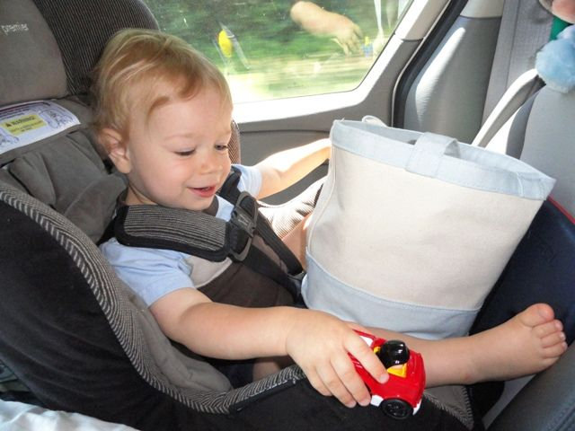 101 Toddler Activities on Road Trips