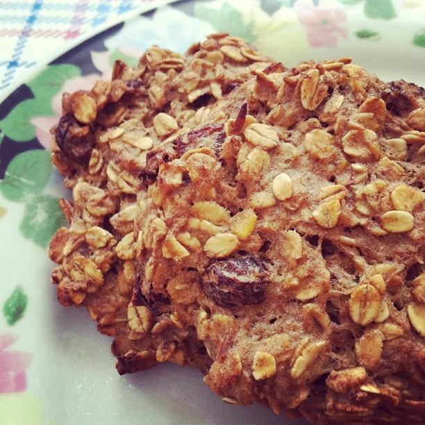 Flourless banana apple cookies  Recipe at: www.tatjanapasalic.com