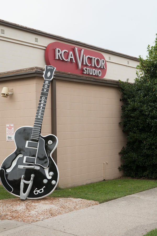 """After taking in the sights at the Country Music Hall of Fame and Museum, take a tour of RCA Studio B. Located on downtown's famed """"Music Row,"""" the recording st"""