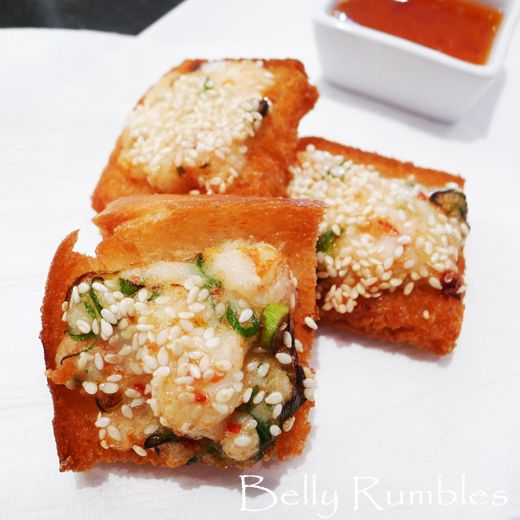 Quick and easy Chinese prawn toast recipe. Uses only 5 ingredients.