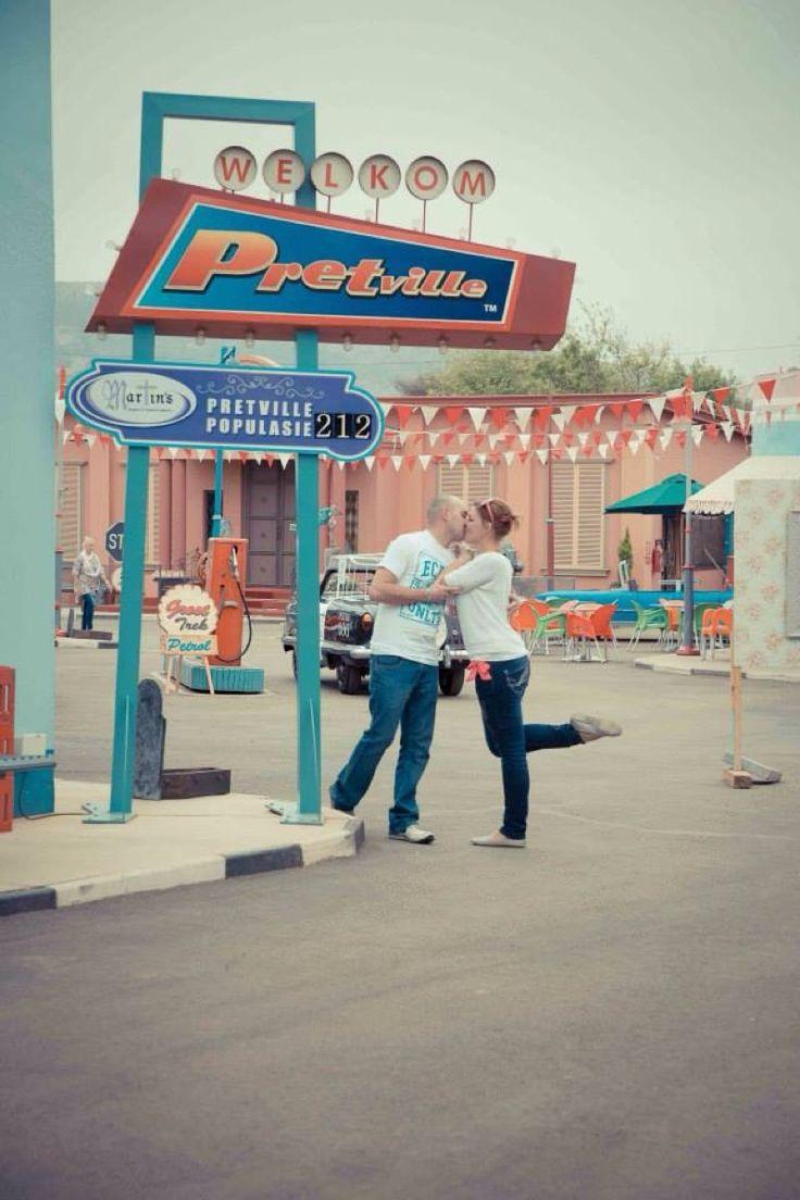 Pretville - Vintage pre wedding shoot