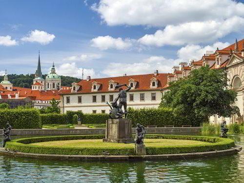 Valdštejnská zahrada - oáza klidu na Malé Straně v Praze