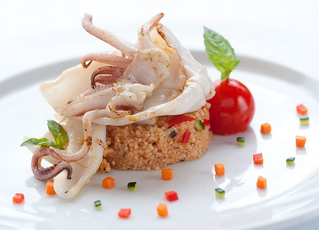 Calamari alla griglia e cuscus