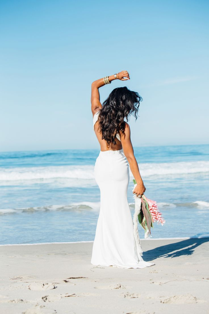 Tendance Robe du mariage 2017/2018  Tropical wedding dress: Photography: Laura Austin  http://ift.tt/1YbwK7p We  Tendance Robe du mariage 2017/2018 Description Tropical wedding dress: Photography: Laura Austin - http://ift.tt/1YbwK7p Wedding Dress: Sarah Seven - sarahseven.com/ Photography: Amanda Lopez - http://ift.tt/2ubtOxX Read More on SMP: www.stylemepretty