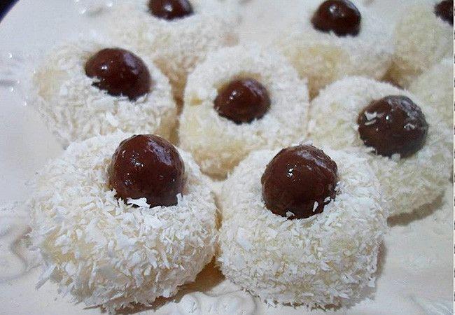 Πολίτικη Κουζίνα Αλίντα Κανάκη: Λουκούμια