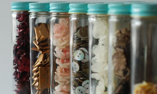 Button jars: Rooms Jars, Alkaseltz, Crafts Rooms, Buttons Jars, Buttons Projects, Organizations Life, Mason Jars, Color Laundry Rooms, Paintings Jars