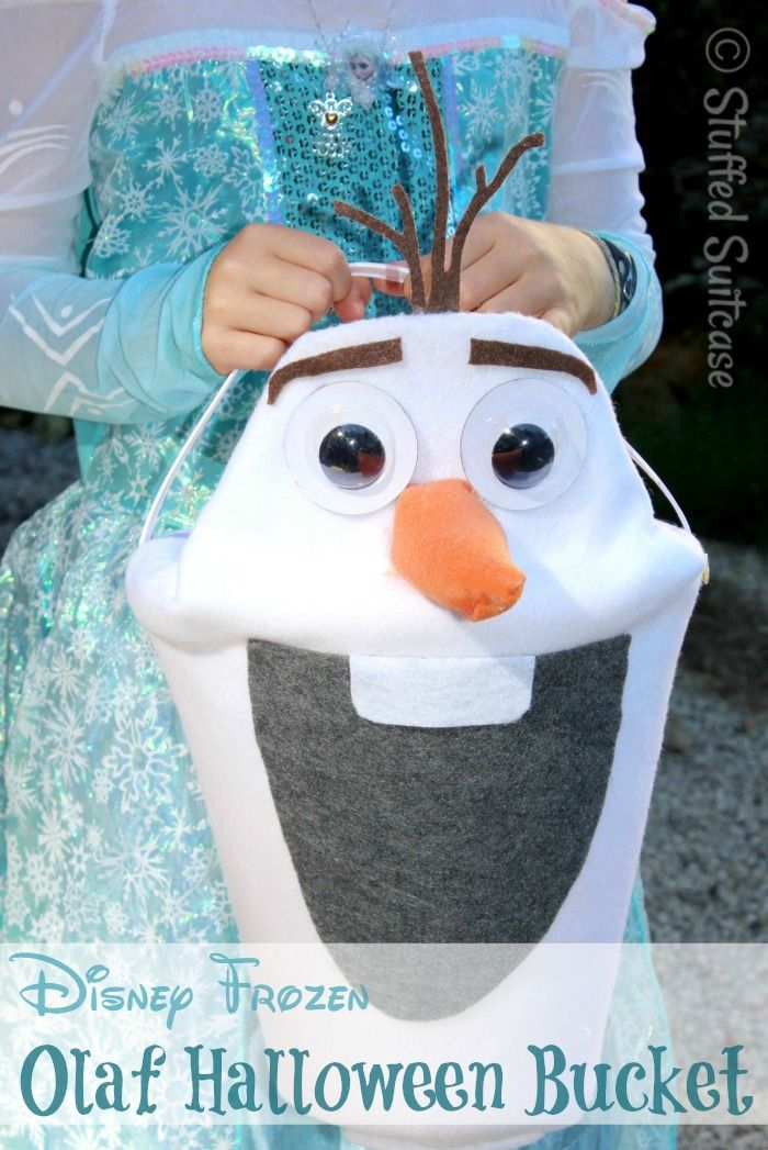 Click through to learn how to create your own Halloween treat bucket inspired by our favorite snowman with this tutorial by Stuffed Suitcase.